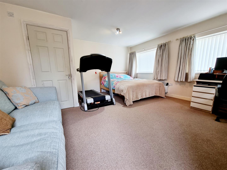 Vaughan Place, Loughor, Swansea, SA4 6GG